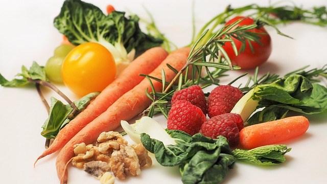 carrot-1085063_640.jpg