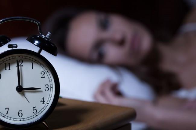 睡不著失眠怎麼辦-鈣有助改善失眠-怎麼吃功效好