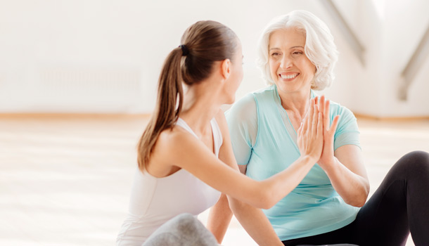 女性更年期-年齡-幾歲開始-更年期症候群症狀-更年期障礙-保養與治療-2019-2020-ptt-飲食-保健食品整理推薦